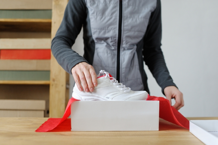 Best Way to Pack Shoes for Moving While the idea of moving into a new house might be thrilling, thinking about preparing for the next big move can make us equally frazzled and nervous. Mostly when you have spent years collecting your favorite shoes, you cannot afford to damage any of them during the moving process. So what is the key to packing your shoes in the best way possible? One answer: Stay organized! Without a doubt, the best way to pack shoes for moving is by creating an exceptional checklist/to-do-list that will help you while moving to the new place from start to finish. So here's a small checklist that's going to save you some time! #1. Declutter Your Shoe Collection So the first step before packing your shoes is to sift through the shoes and decide which one is coming with you to the new house. Chances are you have tons of shoes that you aren't wearing regularly or have worn out but are still your favorites. Bid farewell to the pairs, which can be of no further use, and recycle them instead of tossing them into the trash. Maybe you can even think of donating some to the charity if they are in good condition. This way, you hold on to specific pairs of shoes that are in good condition, and it also helps you save space while moving out. #2. Sort Them Out Next, group all of your footwears into various categories, according to their type: Formal Wear Casual Wear Seasonal Wear Home Wear Party Wear Sports Wear Leather Wear Different shoes have different needs; for example, while packing vintage shoes or boots, it is essential to pack them together with some stuffing. It helps fine leather and other organic materials preserve the material from damage. Moreover, having it all categorized will help you organize your shoes more quickly and easily. #3. Clean And Dry Your Shoes Once you have categorized them all in various types, it's time to clean them before packing them. Remove the dust and grime from the shoes as you don't want the dust to pass on to the new pai
