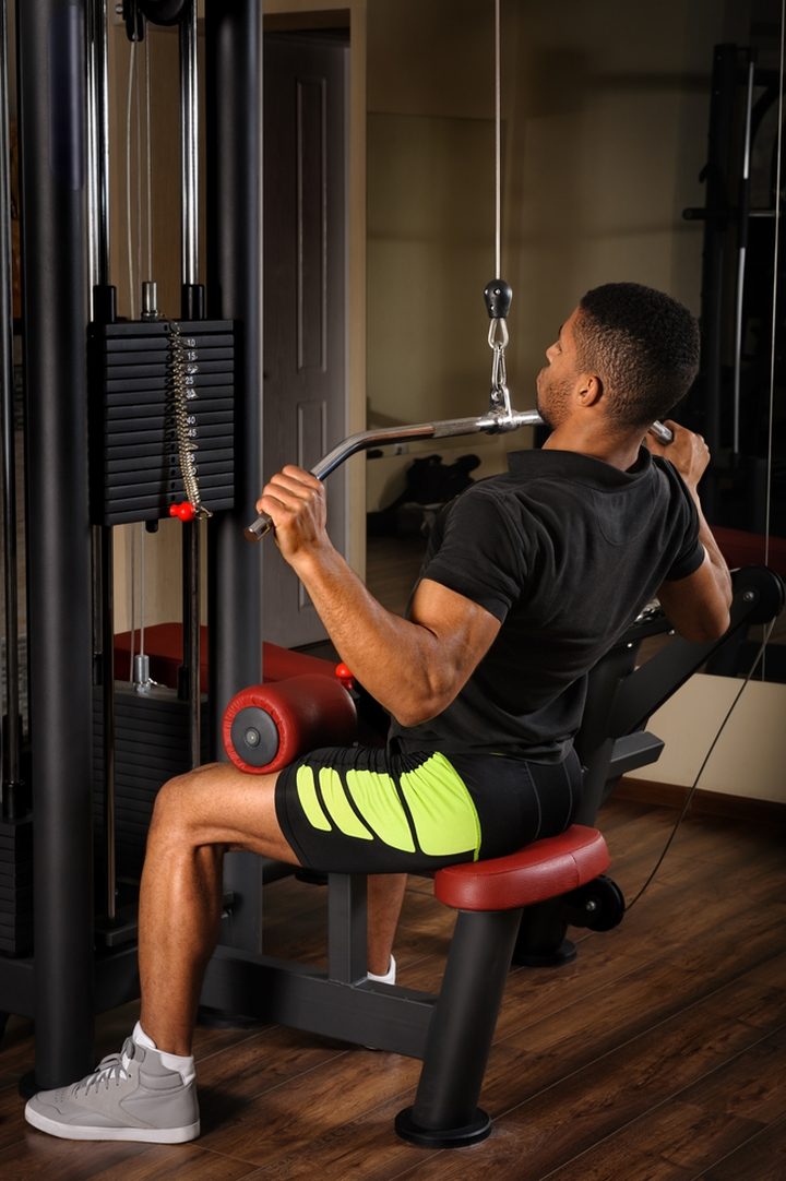 Best Lat Pulldown Machine For Small Spaces